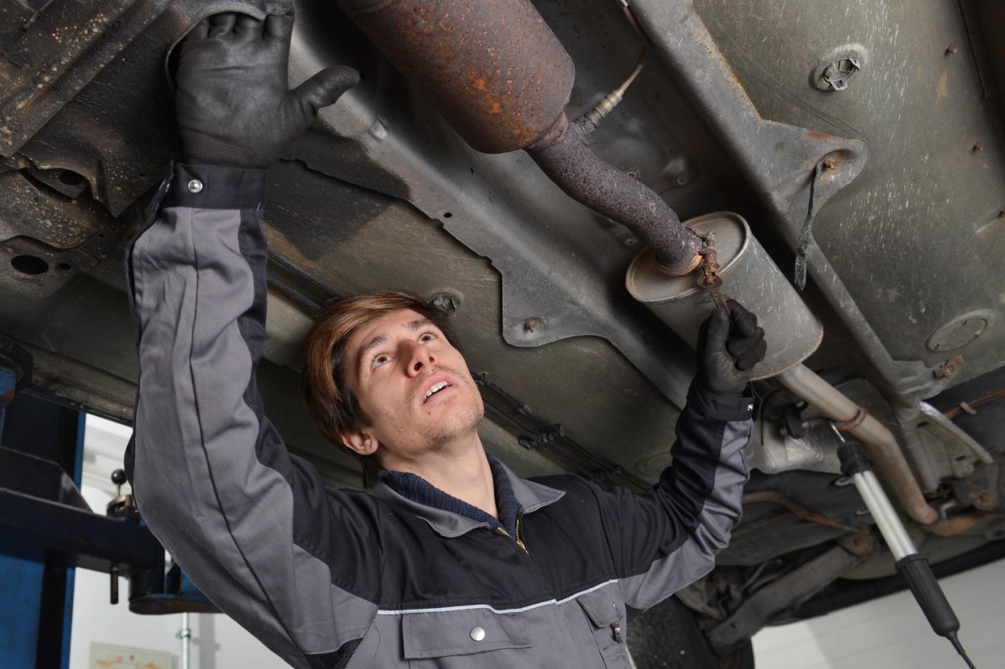 Système d'échappement: comment assurer un diagnostic efficace pour les étudiants en mécanique auto