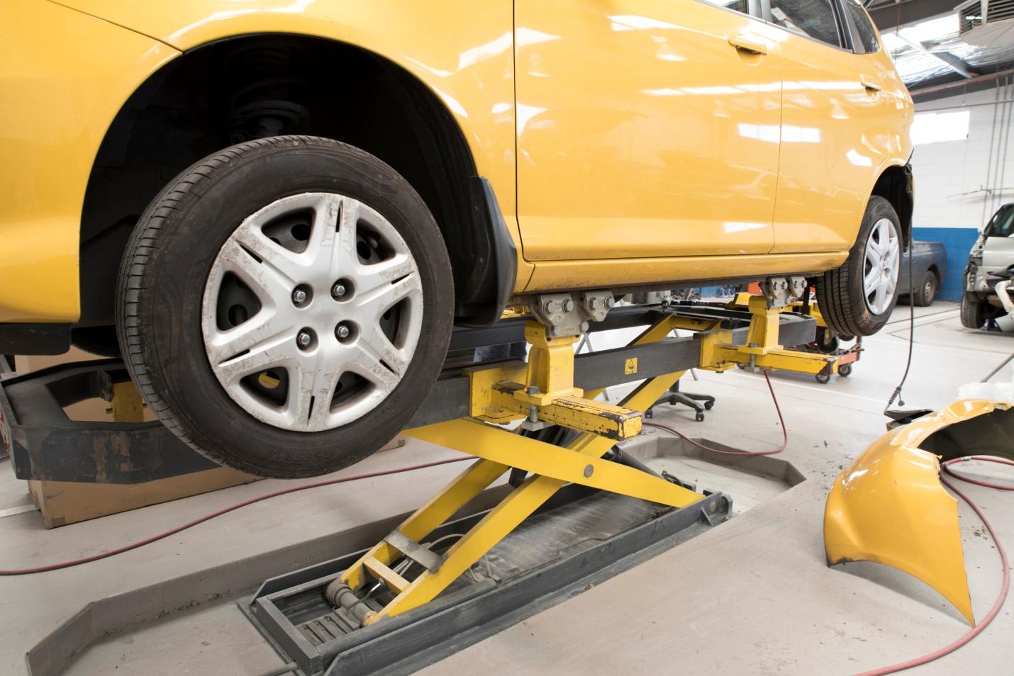 Les opérations liées à la réparation et à la finition des carrosseries sont toujours délicates.