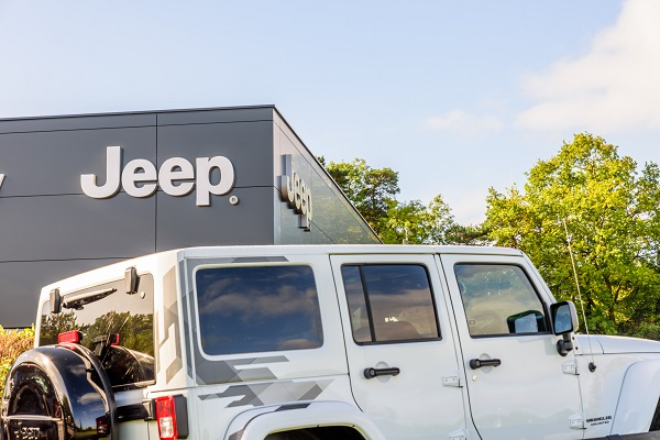 À la découverte du Grand Commander de Jeep pour les étudiants en école de mécanique