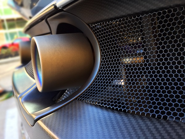 À la découverte de la Milan Red, le nouveau bolide hors de prix du constructeur Milan Automotive