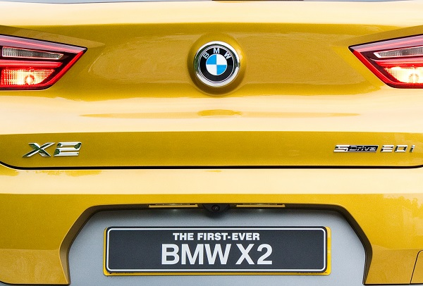 recyclage emblèmes de voiture