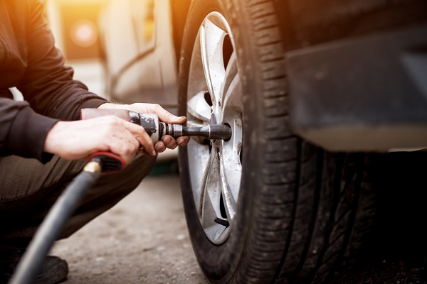 Tout savoir sur le boom du changement de pneu à domicile au Québec