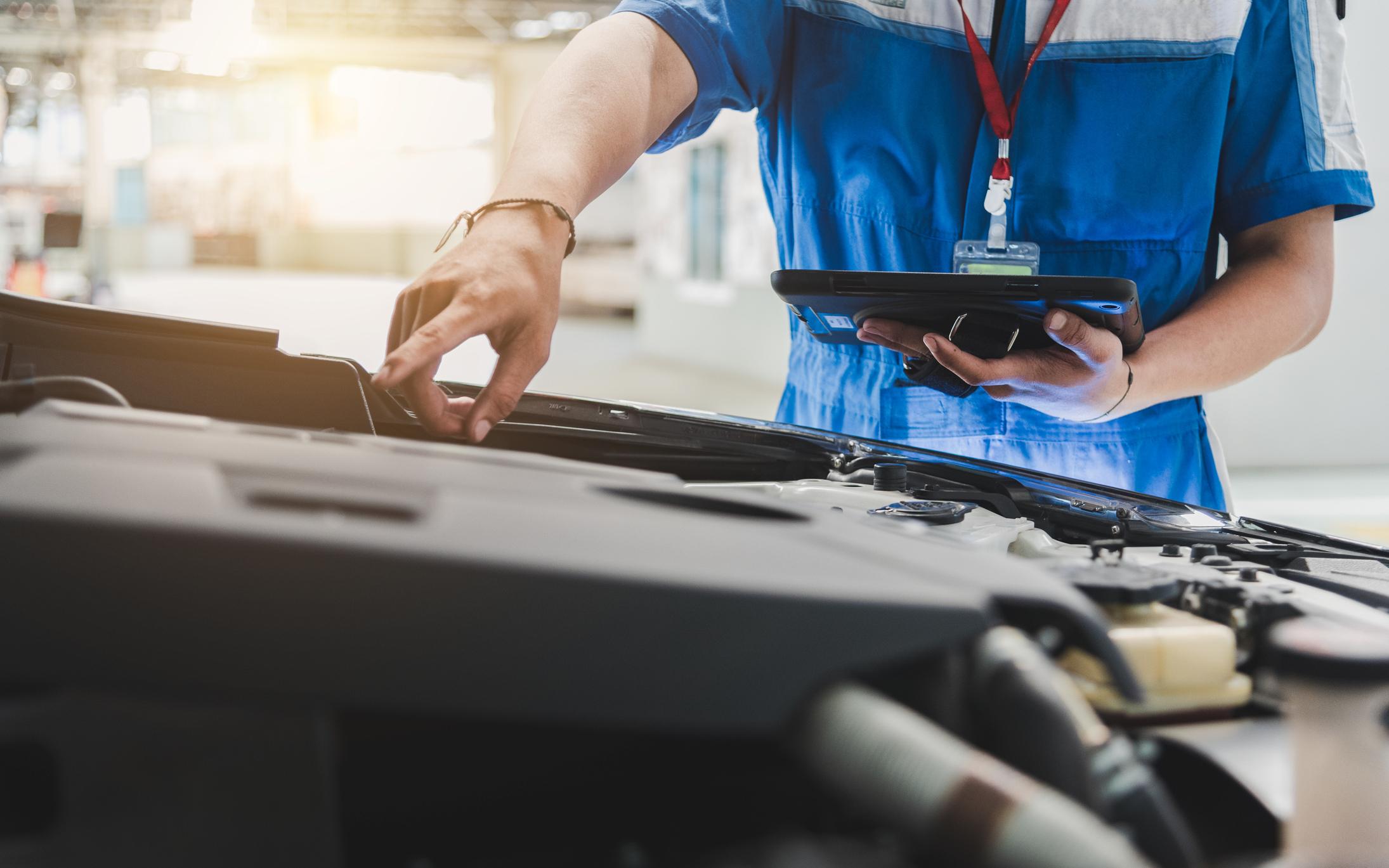 Accéder  à des jobs payants en travaillant dans l'industrie automobile