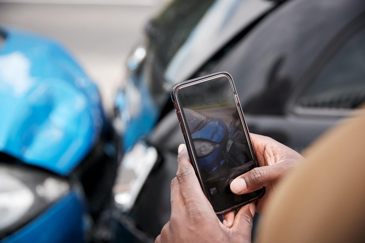 Estimation des dommages autos: ce qu'il faut savoir sur les estimations basées sur la photographie