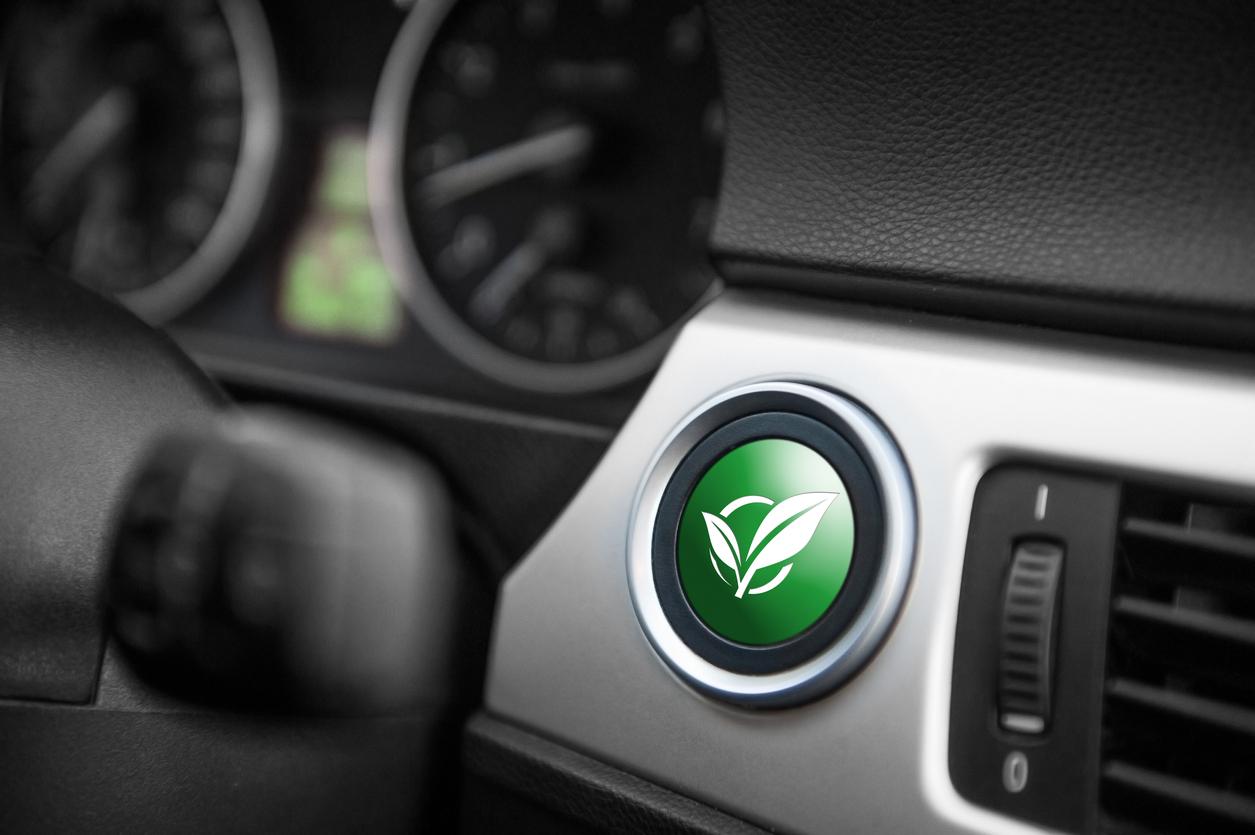 Tout savoir sur le nouveau Cours d'introduction à la mécanique de véhicule hybride et électrique de L'École de L'Automobile