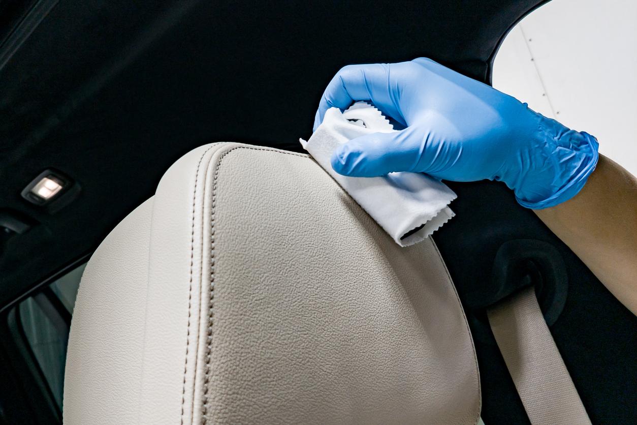 Esthétique auto: les astuces à connaître pour nettoyer des sièges en cuir