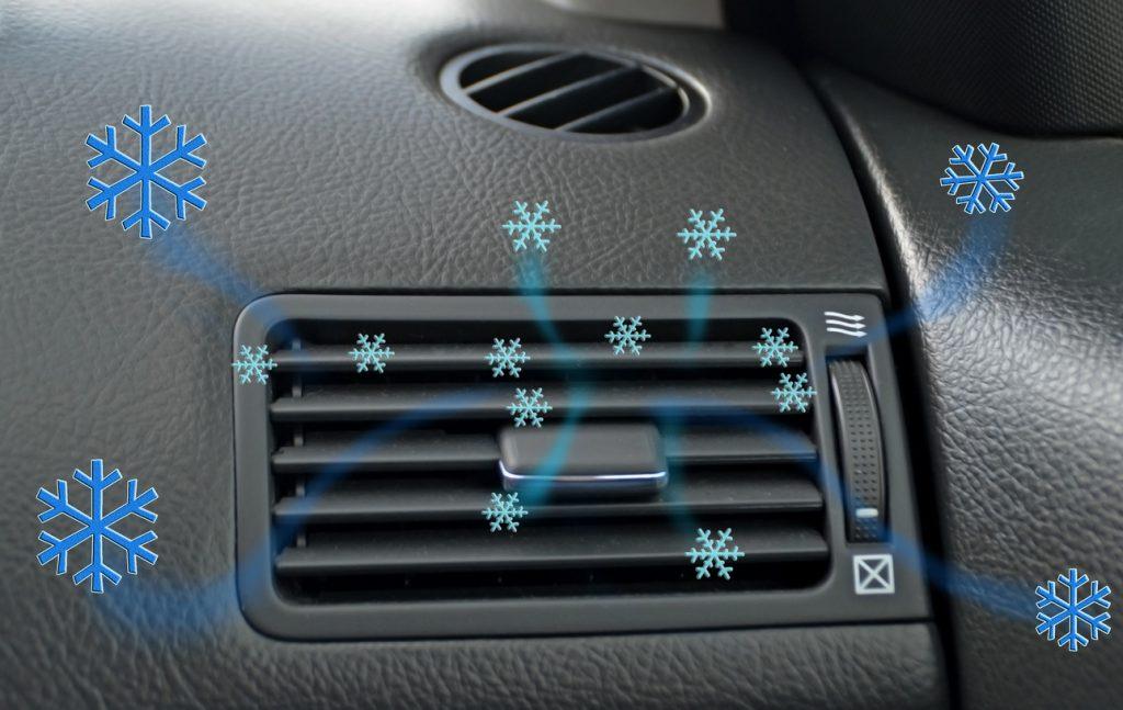 Ce que les étudiants en mécanique auto doivent savoir sur l'inspection des climatiseurs de véhicules récents