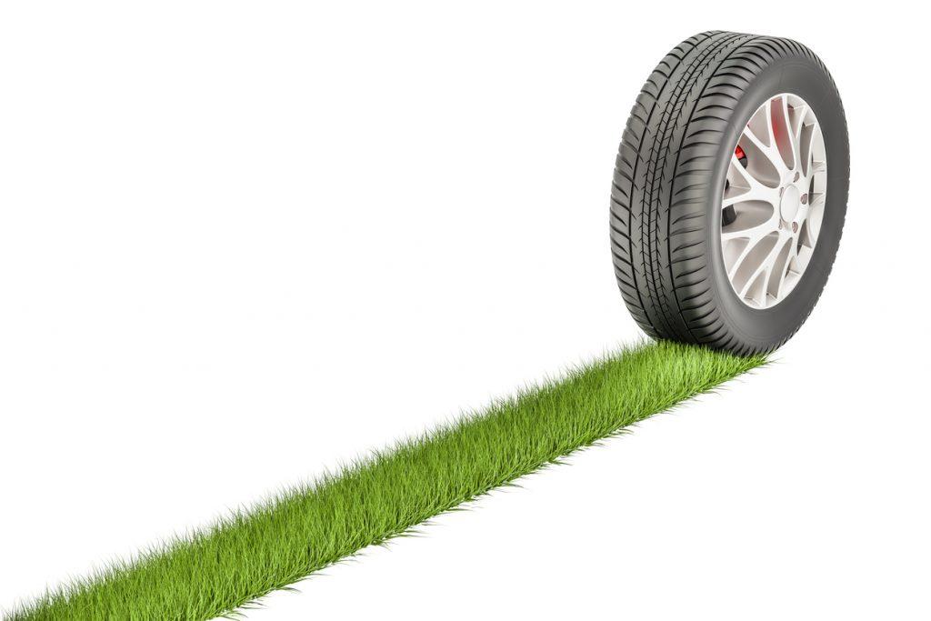 Ce que les étudiants en formation de commis aux pièces doivent savoir sur les pneus verts